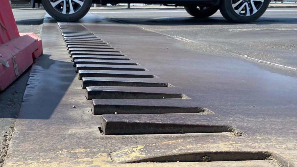 Деформационные швы отремонтируют на Октябрьском мосту в Череповце