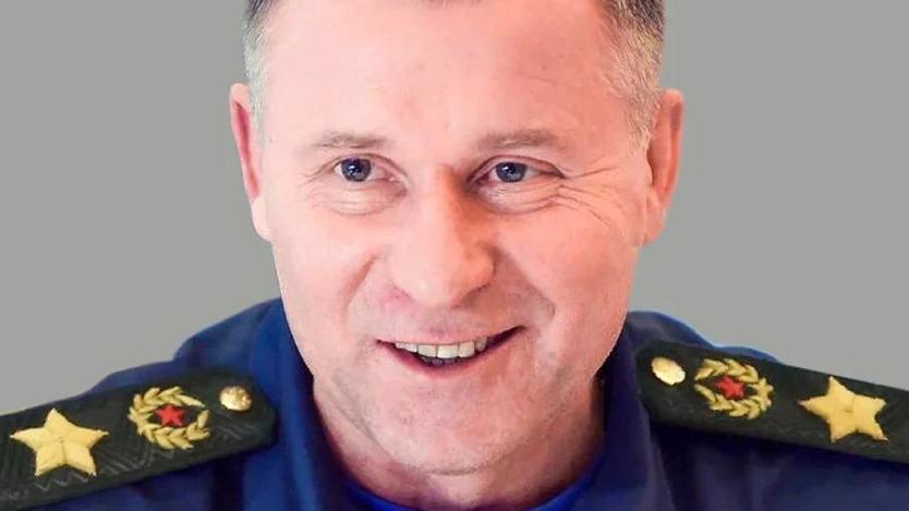 Звание Героя России посмертно присвоено главе МЧС России Евгению Зиничеву