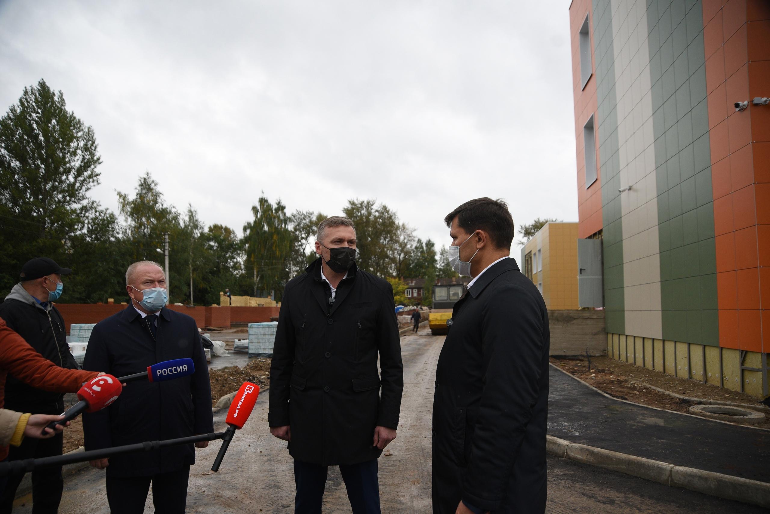 Ход строительства  проверил мэр Вологды Сергей Воропанов