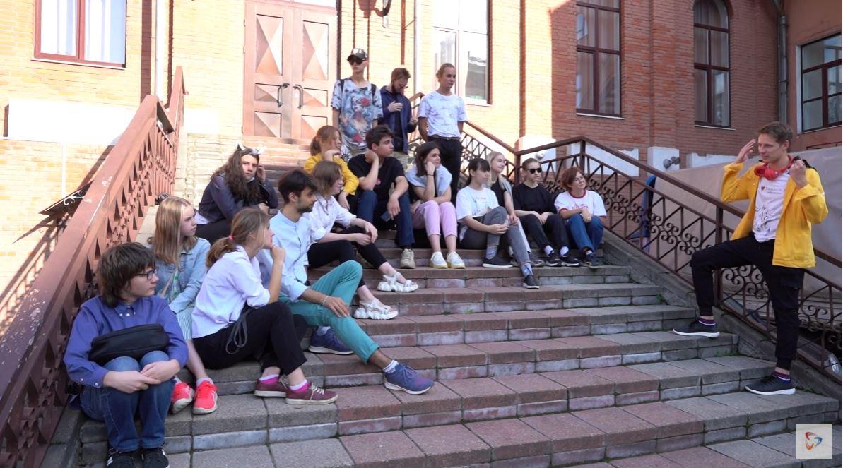 Лабораторию своевременной драматургии организовали студенты театрального отделения училища искусств