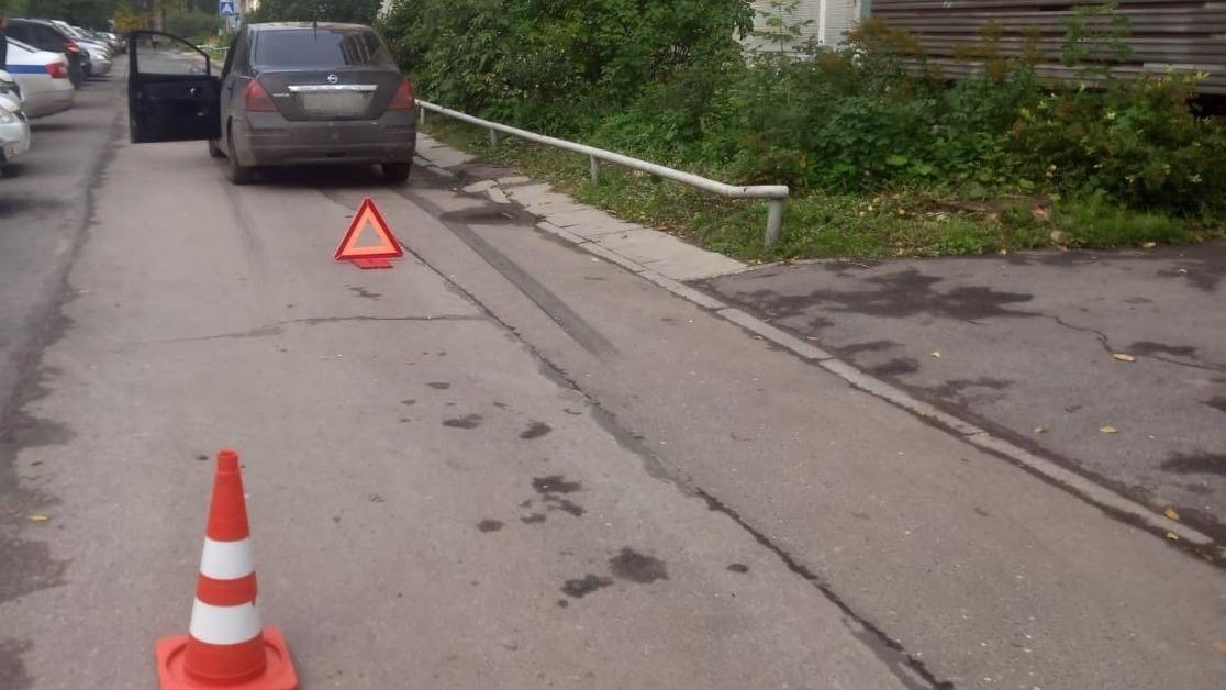 8-летний мальчик попал под колеса иномарки в Череповце