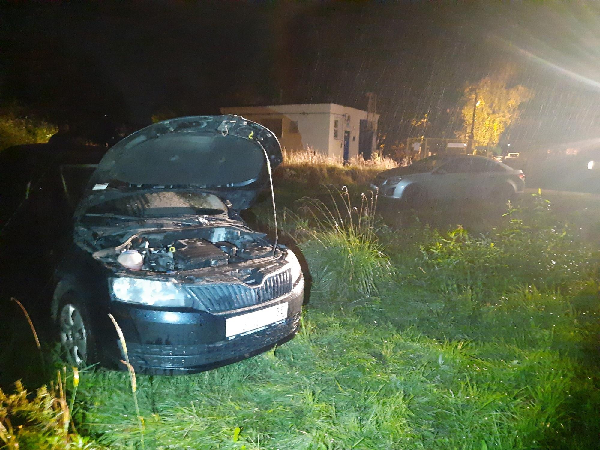 Иномарку подожгли ночью в Соколе