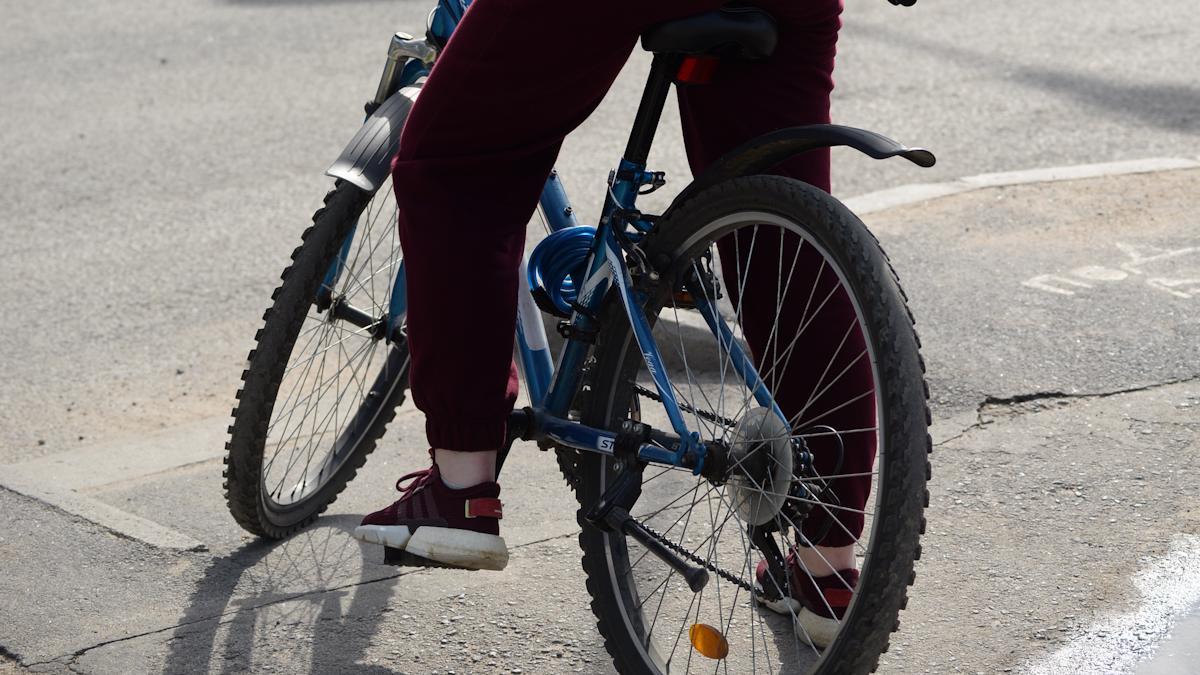Не спешился с велосипеда — штраф 800 рублей