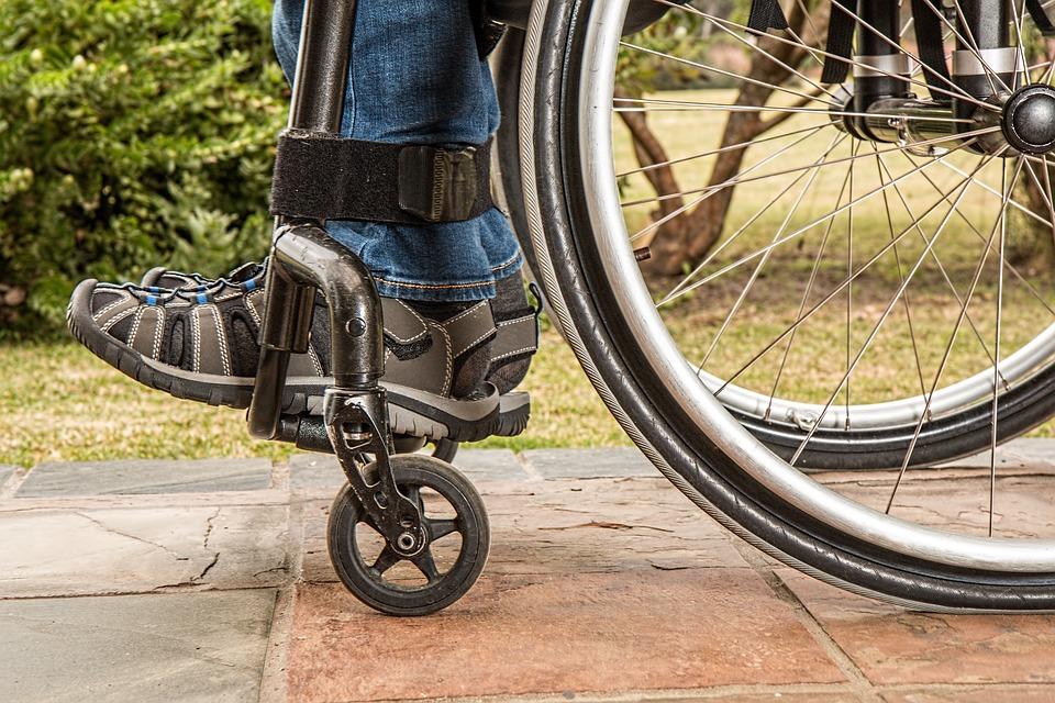 В Череповце больше 400 предприятий обяжут взять на работу людей с инвалидностью