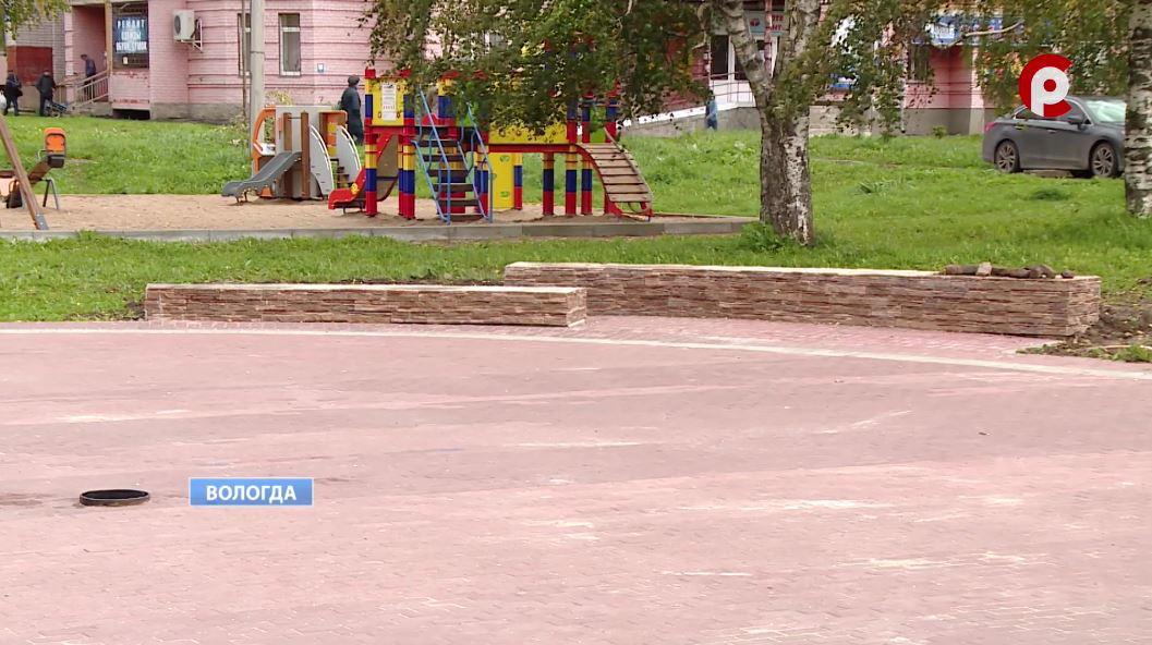 Новые общественные объекты начали строить в селе Молочное