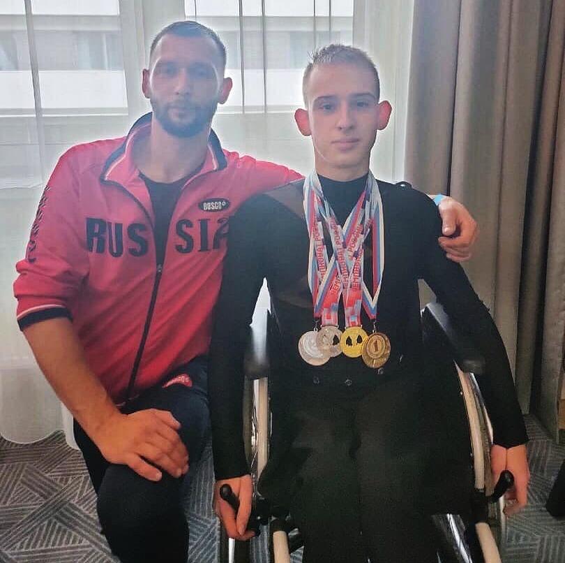 Череповчанин Илья Гладкий стал обладателем двух золотых и двух серебряных медалей
