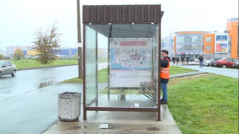 Способ борьбы с вандалами, портящими остановки общественного транспорта,  ищут в Череповце