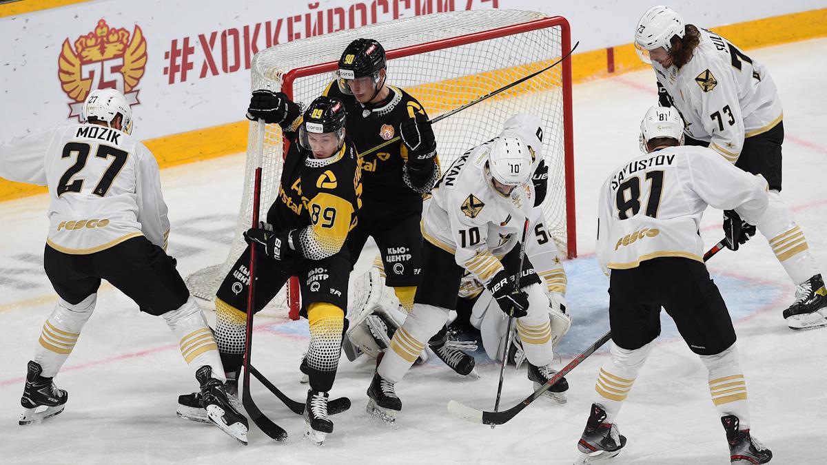 """Хоккейная """"Северсталь"""" сыграет сегодня во Владивостоке"""