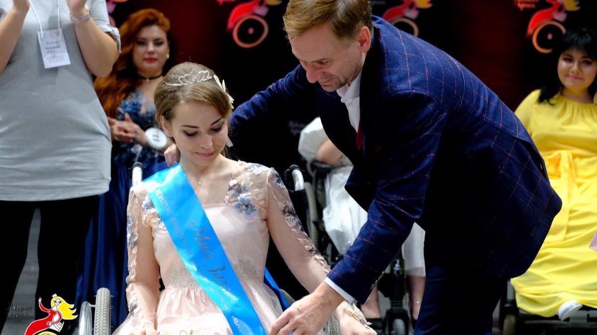 """Вологжанка завоевала титул в инклюзивном конкурсе """"Невская краса"""""""