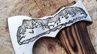 Череповчанин создает необыкновенные авторские топоры и ножи