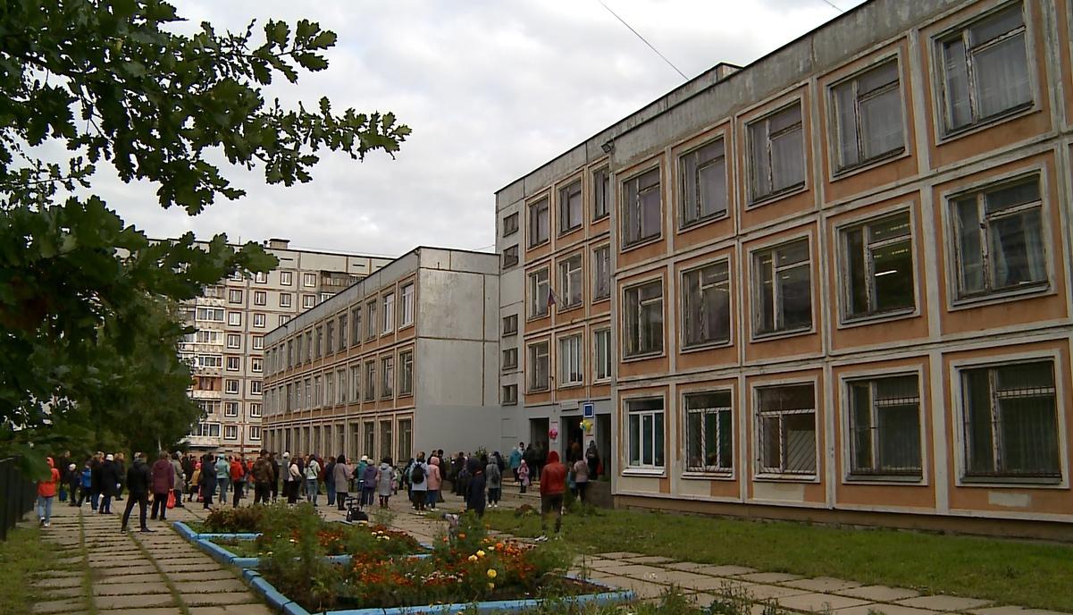 2-я школа в Череповце осталась без отопления и горячей воды
