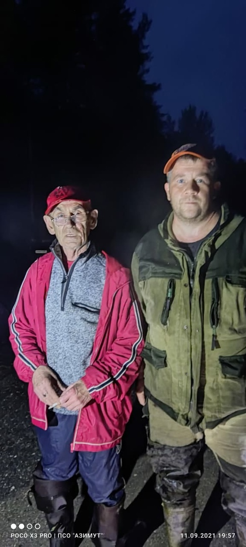 71-летнего мужчину, заблудившегося в Череповецком районе, поисковики нашли в 800 метрах от дороги.