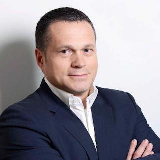 Бизнесмен Олег Баринский в моногоспитале провел больше месяца. Теперь он мотивирует к вакцинации своих работников.
