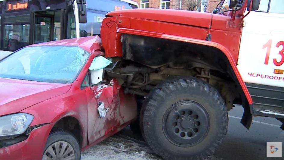 Водитель пожарной машины, которого признали виновным в смертельном ДТП в Череповце, намерен обжаловать приговор