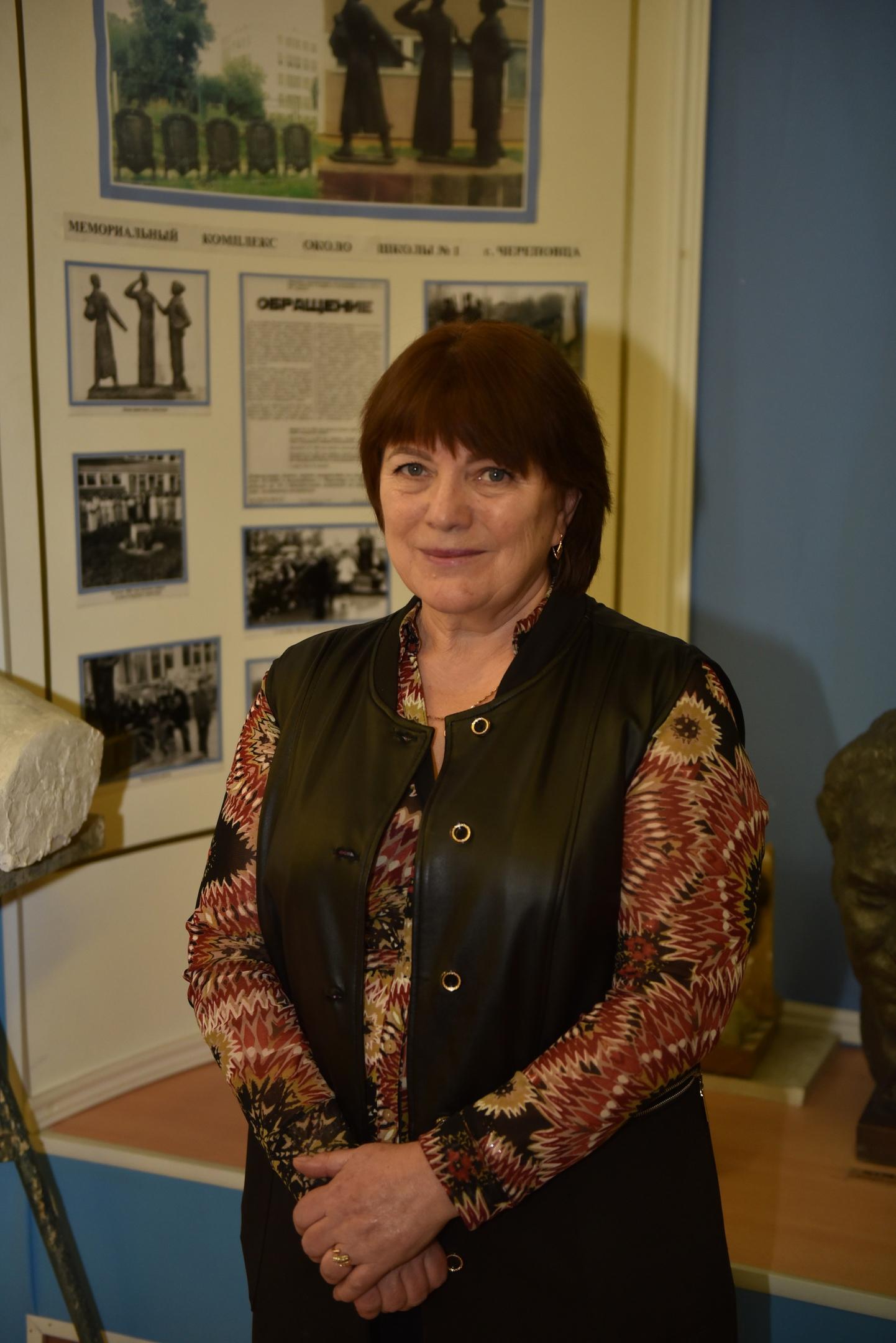 Учитель истории и обществознания Татьяна Викторова в школе №1 работает 40 лет. Фото: Дарья Левашова