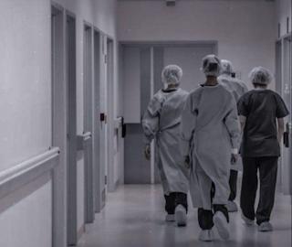 «Медицина, фармацевтика» стала одной из самых дефицитных профессиональных областей