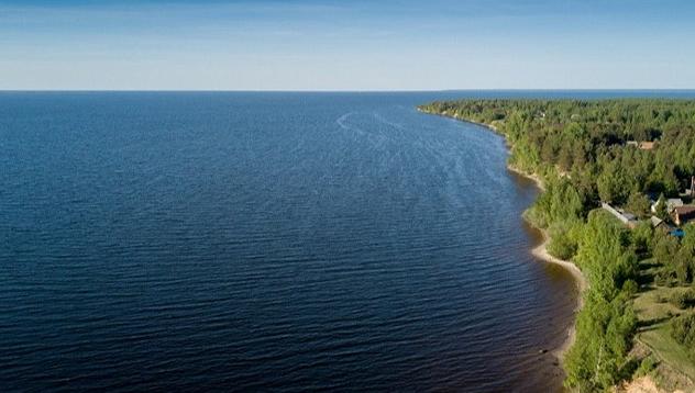 Уровень воды в Рыбинском водохранилище продолжает падать