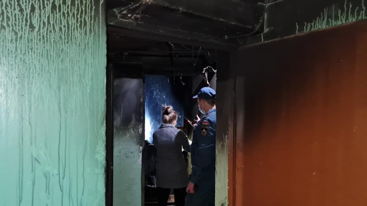 Двое маленьких детей и женщина  погибли на пожаре в Вологде
