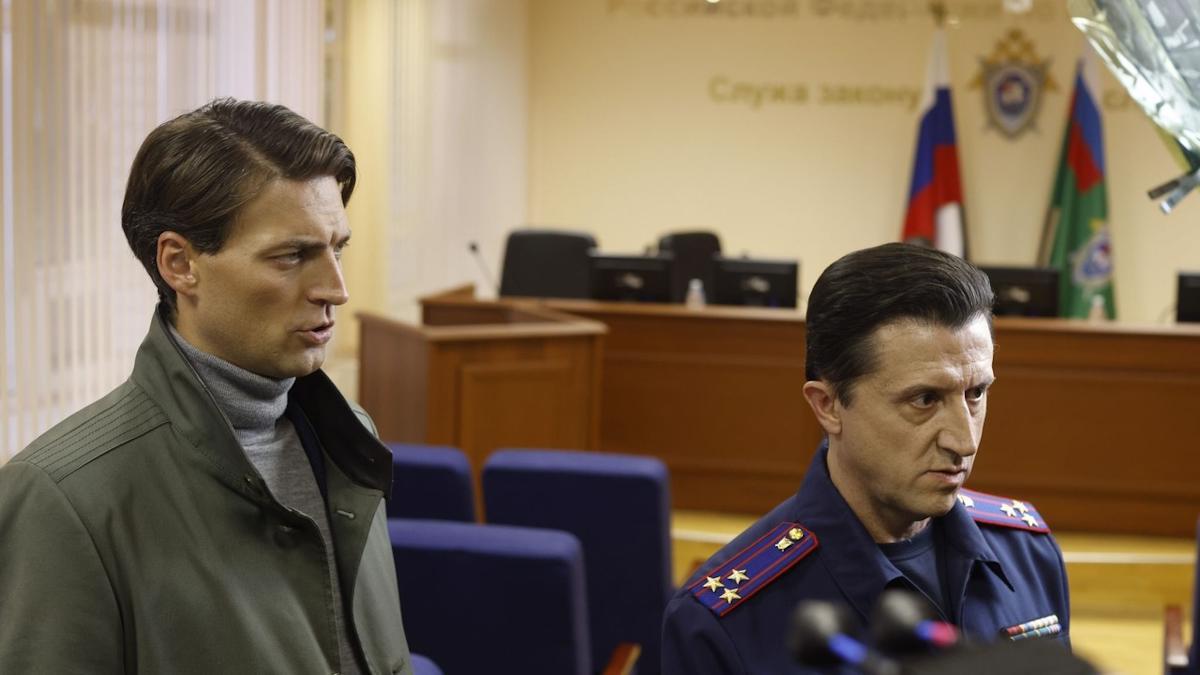 """Актеры Серебряков и Колесников несколько дней провели на Вологодчине: первый искал сокровища, второй """"работал"""" следователем"""