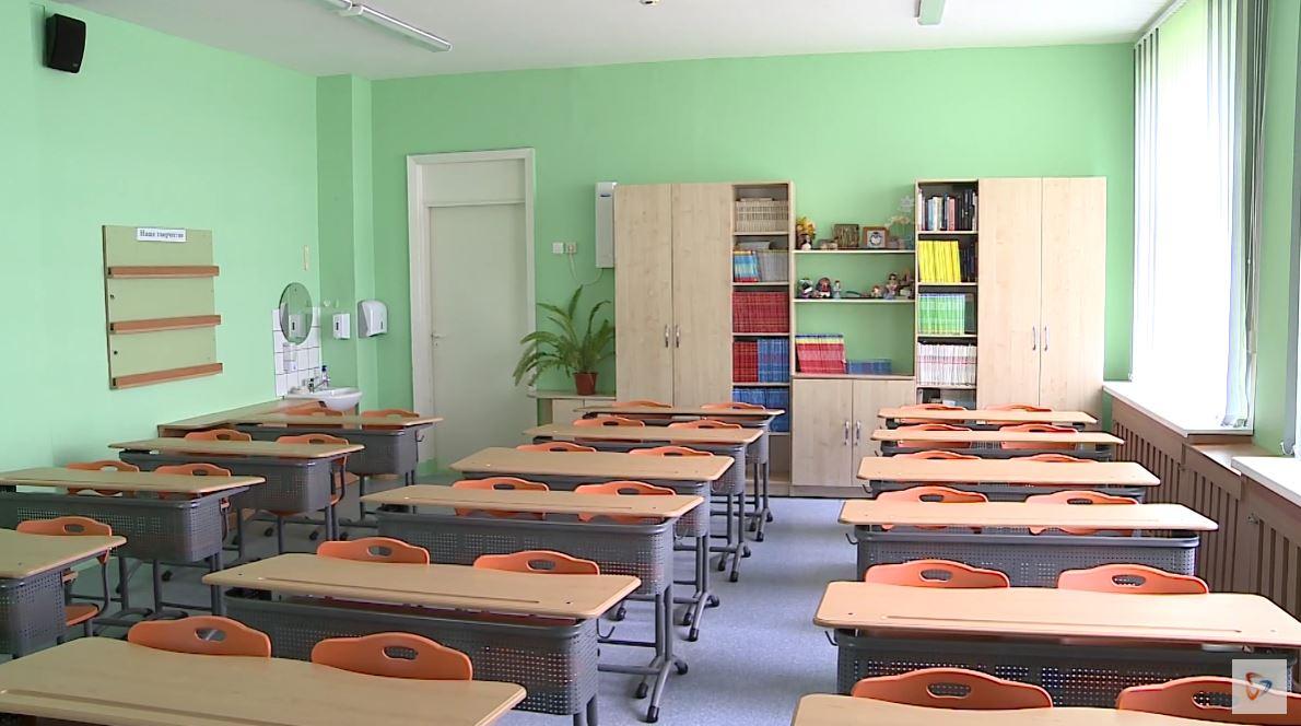 На дистанционное обучение перевели детей из Вологды, Череповца и 23 районов