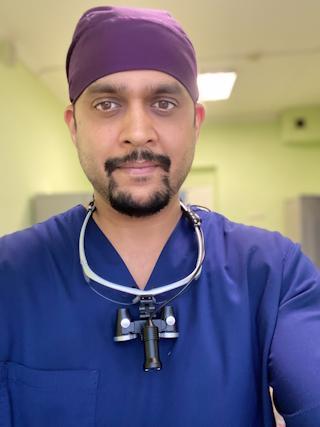 Виджит Сингх – стоматолог-ортопед.