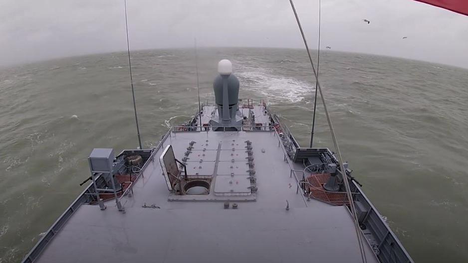 Экипаж малого ракетного корабля «Великий Устюг» провел практические стрельбы в Каспийском море с применением ракетного комплекса «Калибр»