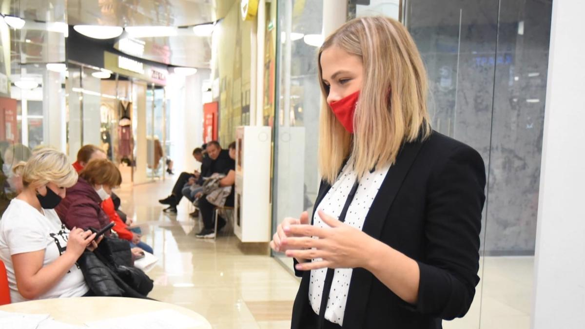 Сотрудница МФЦ на один день стала дублером мэра Вологды