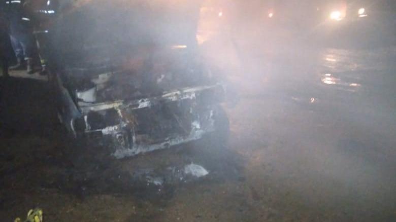 Отечественный автомобиль горел ночью в Кадникове
