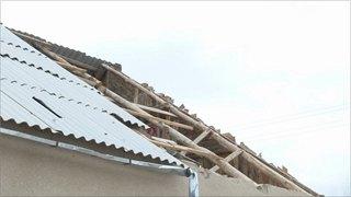 Вологжанку наказали заулетевшую крышу