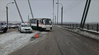 Автобус улетел вотбойник