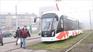 Трамваи стоят, аремонт идет