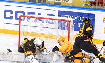 «Алмаз» начал домашнюю серию игр вчемпионате МХЛ спобеды