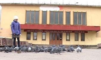 Бывший кинотеатр «Радуга» вЧереповце ушел смолотка