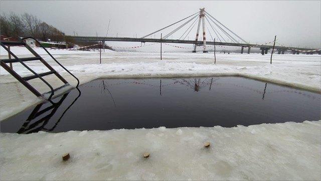 ВЧереповце появилась прорубь для любителей зимнего плавания