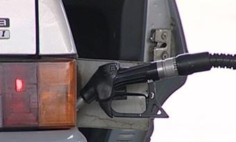 Аи-92 иболее дешевые марки топлива останутся назаправках доконца года