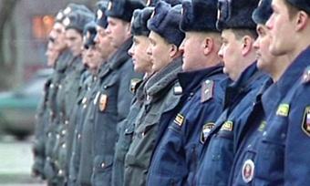 Уволенных милиционеров небросят напроизвол судьбы