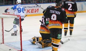 Хоккейная «Северсталь» уступила «Нефтехимику»