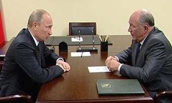 Владимир Путин иВячеслав Позгалев обсудили экономику Вологодчины