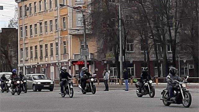 Мотоциклисты открыли сезон вДень Победы