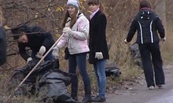 Молодые специалисты Вологда иЧереповца вышли насубботник
