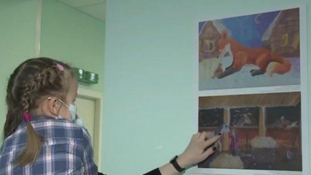Цветотерапия: вдетской областной больнице Архангельска стены украсили яркими рисунками