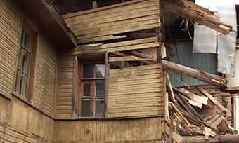 Здание первой городской думы Череповца бросили вполуразрушенном состоянии