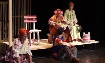 «Очень простая история» вКамерном театре