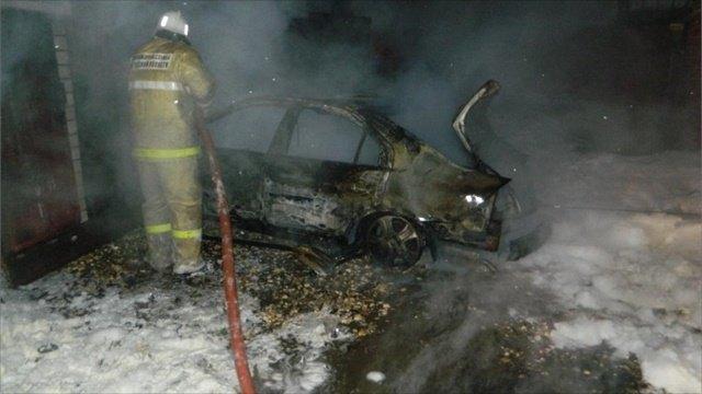 Машина игараж сгорели вШексне из-за утечки газа