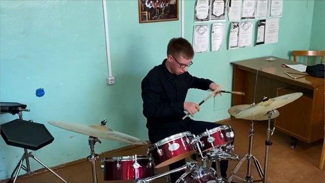 Новые инструменты поступили вдетские музыкальные школы Череповца