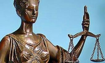 Засмерть двух малолетних детей осудили жительницу Вытегорского района