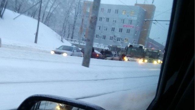 ДТП Череповца: шесть машин столкнулись вЗаречье