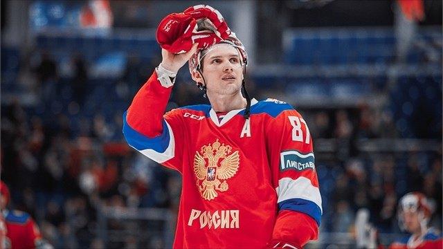 Череповчанин вошел висторию российского хоккея