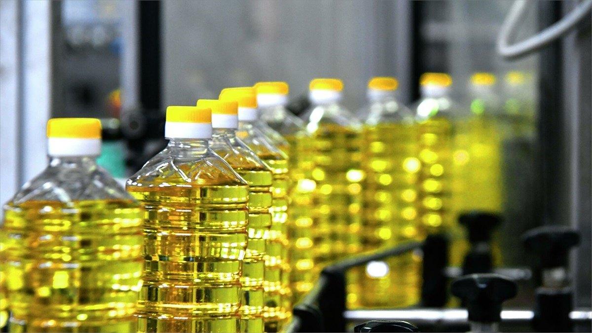 Производителям подсолнечного масла исахарного песка частично компенсируют затраты