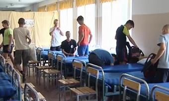Армейские будни «трудных» подростков завершились